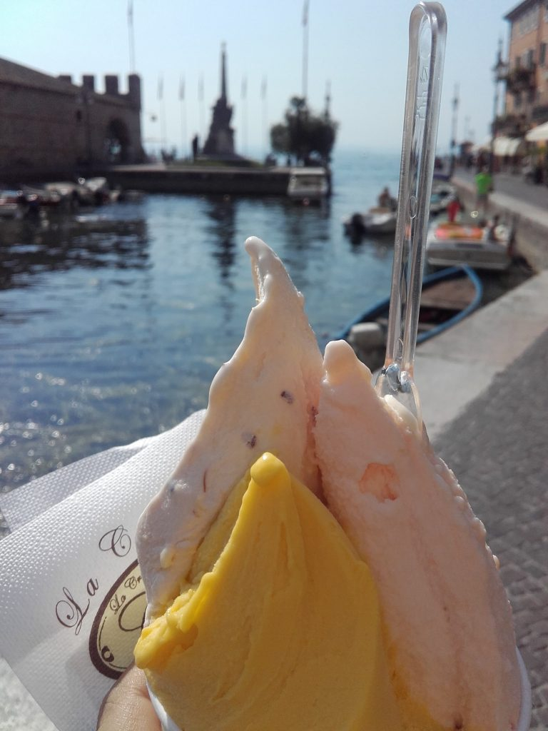 Italy Travel Tips: ice cream is a must try