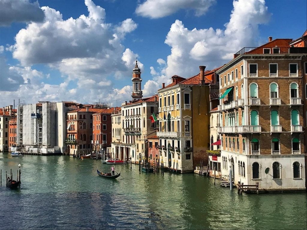 Move to Italy_life in Venice