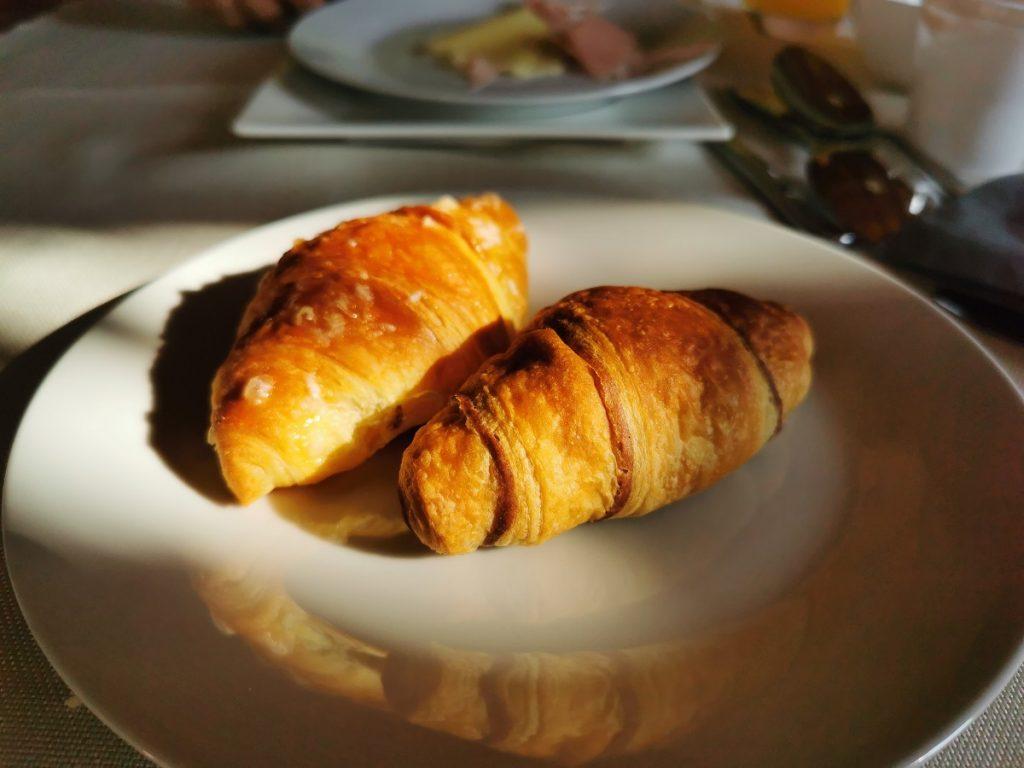 Mini croissant crema e cioccolato_colazione Corte Formigar