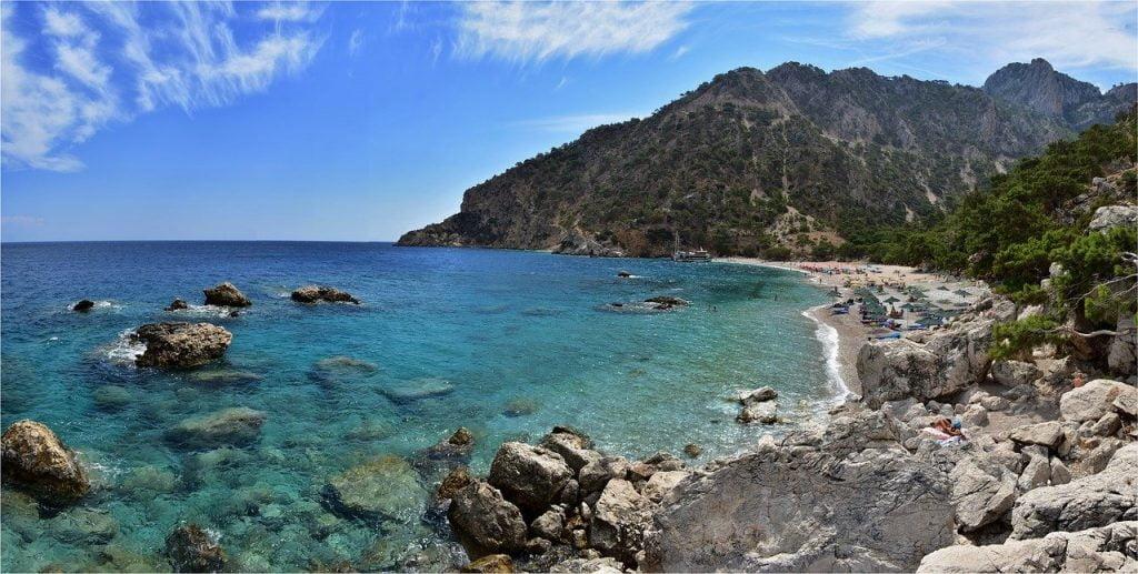 Karpathos mare cristallino e spiaggia
