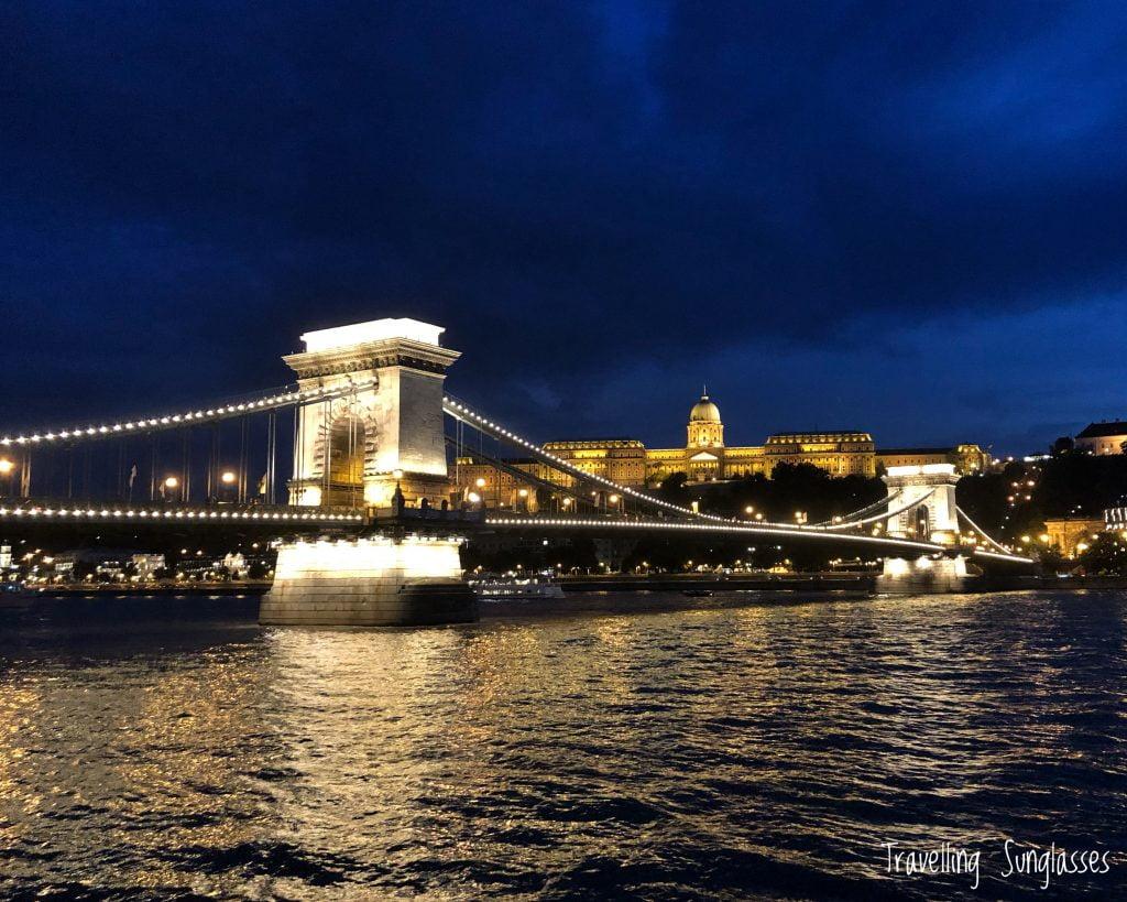 Trasferirsi a Budapest_ Ponte