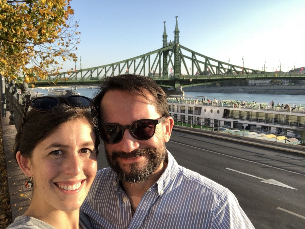 Trasferirsi a Budapest: intervista a Giulia di Travelling Sunglasses 2