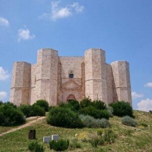 Castel del Monte, tra arte e mistero