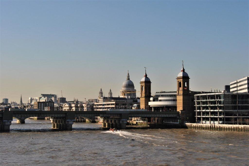 Vivere a Londra esperienze vita expat