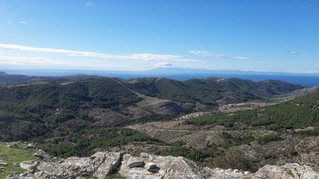 Montagne e natura sull'isola di Taso