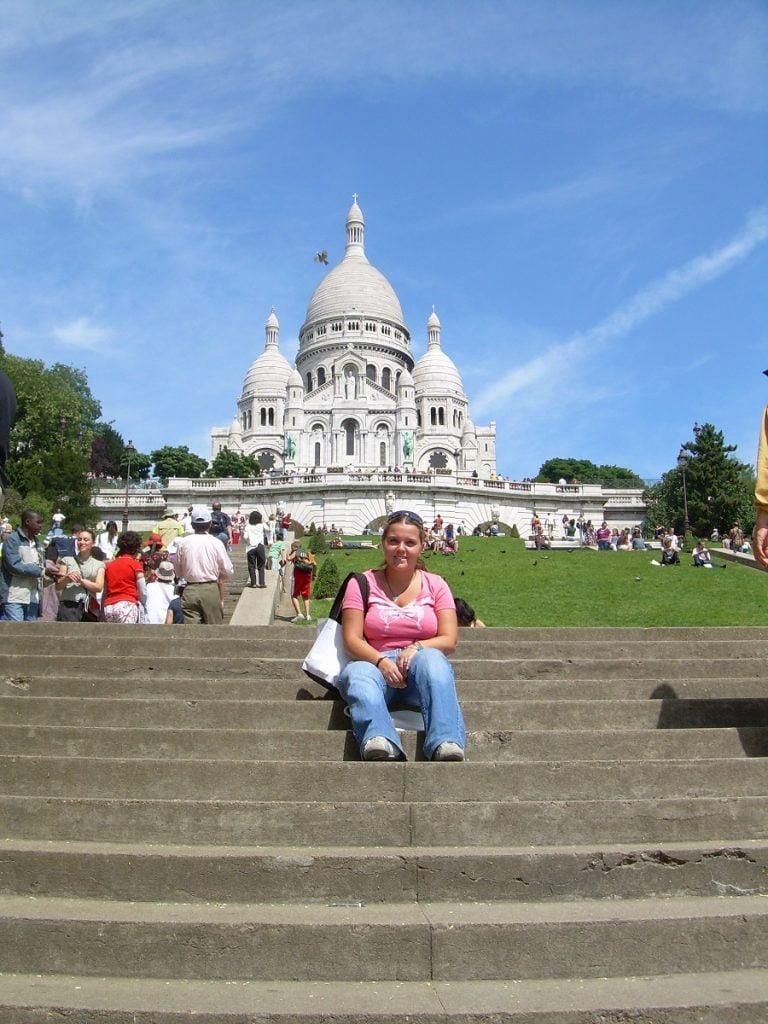 Ragazza alla pari in Francia, Elisa a Parigi davanti a Sacre Coeur