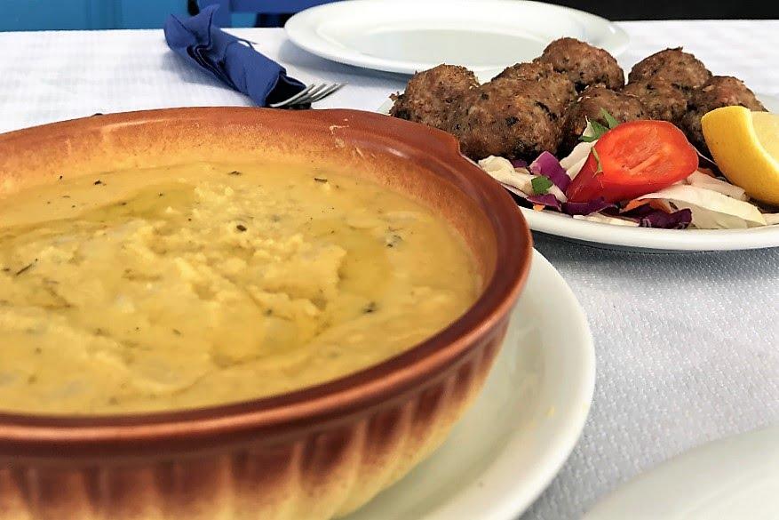 fava gialla_cosa mangiare a Santorini_Grecia