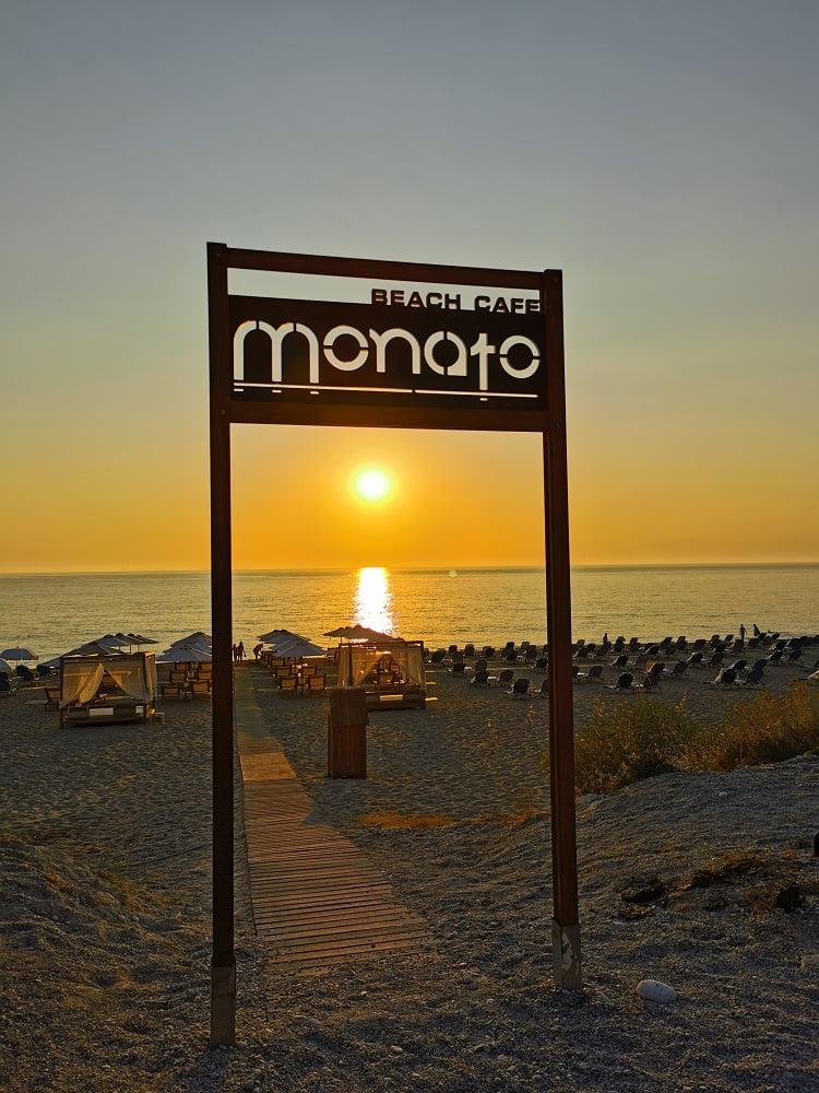 Tramonto a Kathisma Beach_Monato ristorante lefkada