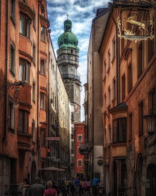 10 cose da vedere a Innsbruck e dintorni tra palazzi, punti panoramici e giardini